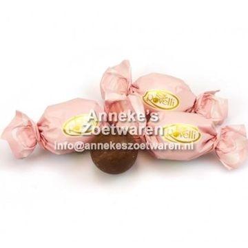 RV, Maxi Kugel Rosa. Schokoladenkugel mit Haselnusscreme  per 100 gram