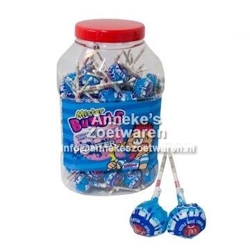 Mister Bubble Knots, Painter + gum