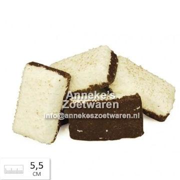 Weißer Speck mit Kokos und Schokolade  per 100 gram