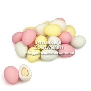 Amandelbonen  per 200 gram