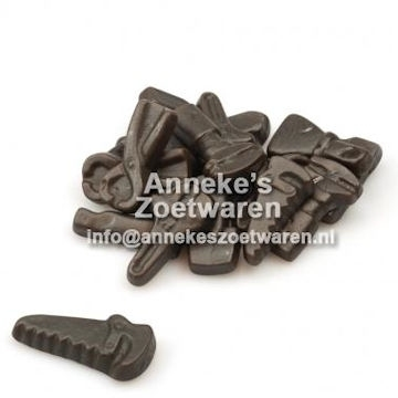 Süss weiche Lakritz in Werkzeug-Form.  per 100 gram