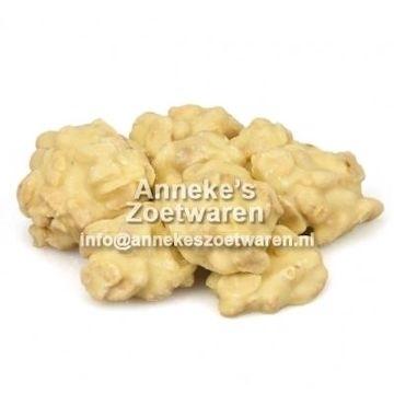 Weisse Schokolade mit gerösteten Erdnüssen  per 250 gram